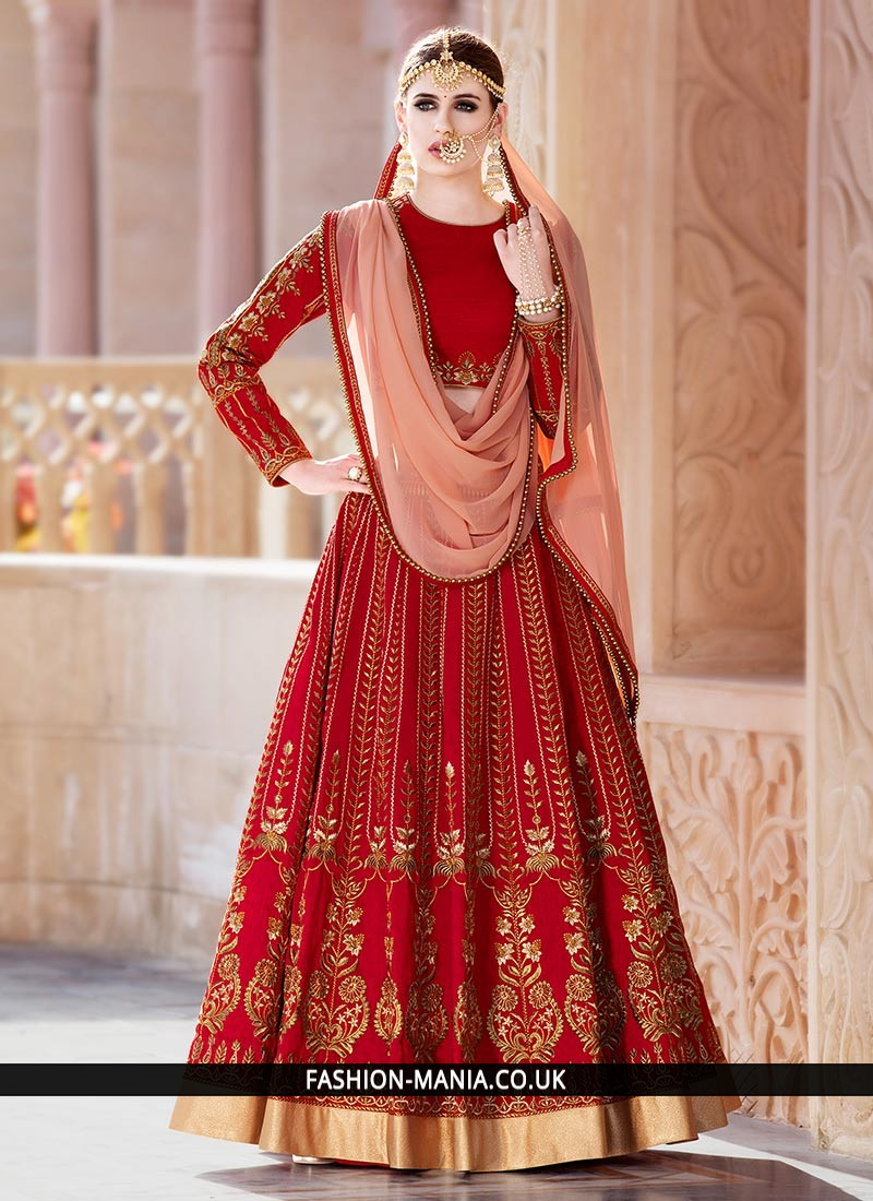 5dd3a55b3d ethnic-patch-border-work-lehenga-choli-64824-800x1100_0.jpg