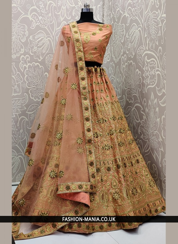 Renowned Lehenga Choli For Mehndi